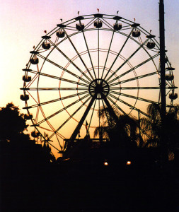 Photo of a Ferris Wheel like you remember from a county fair